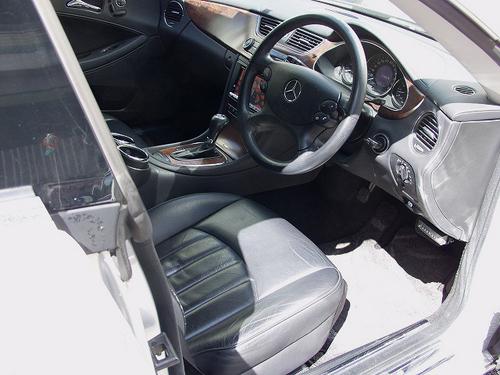 メルセデスベンツCLS350中古車8.jpg