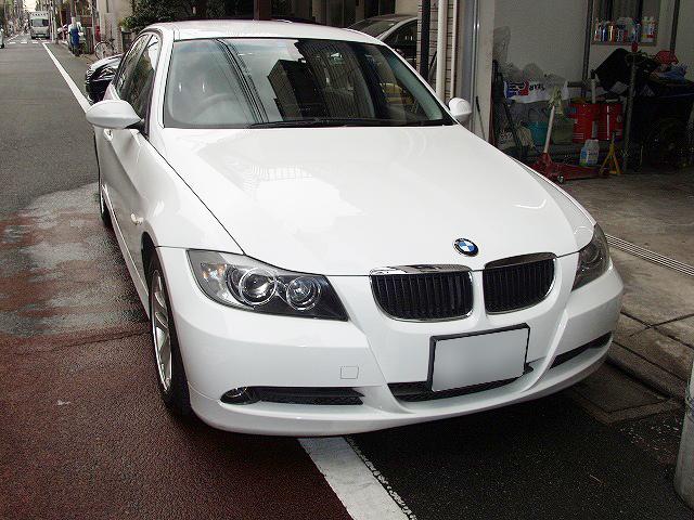 BMW E90 320i 車検.jpg