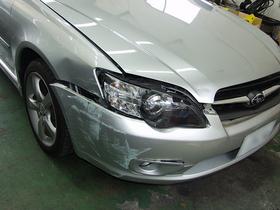 スバル・レガシー 板金塗装修理 (バンパー・ヘッドライト・フェンダー)