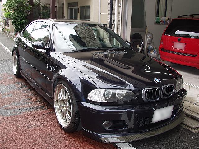 BMW M3(E46)フロントタイヤの内側偏磨耗画像