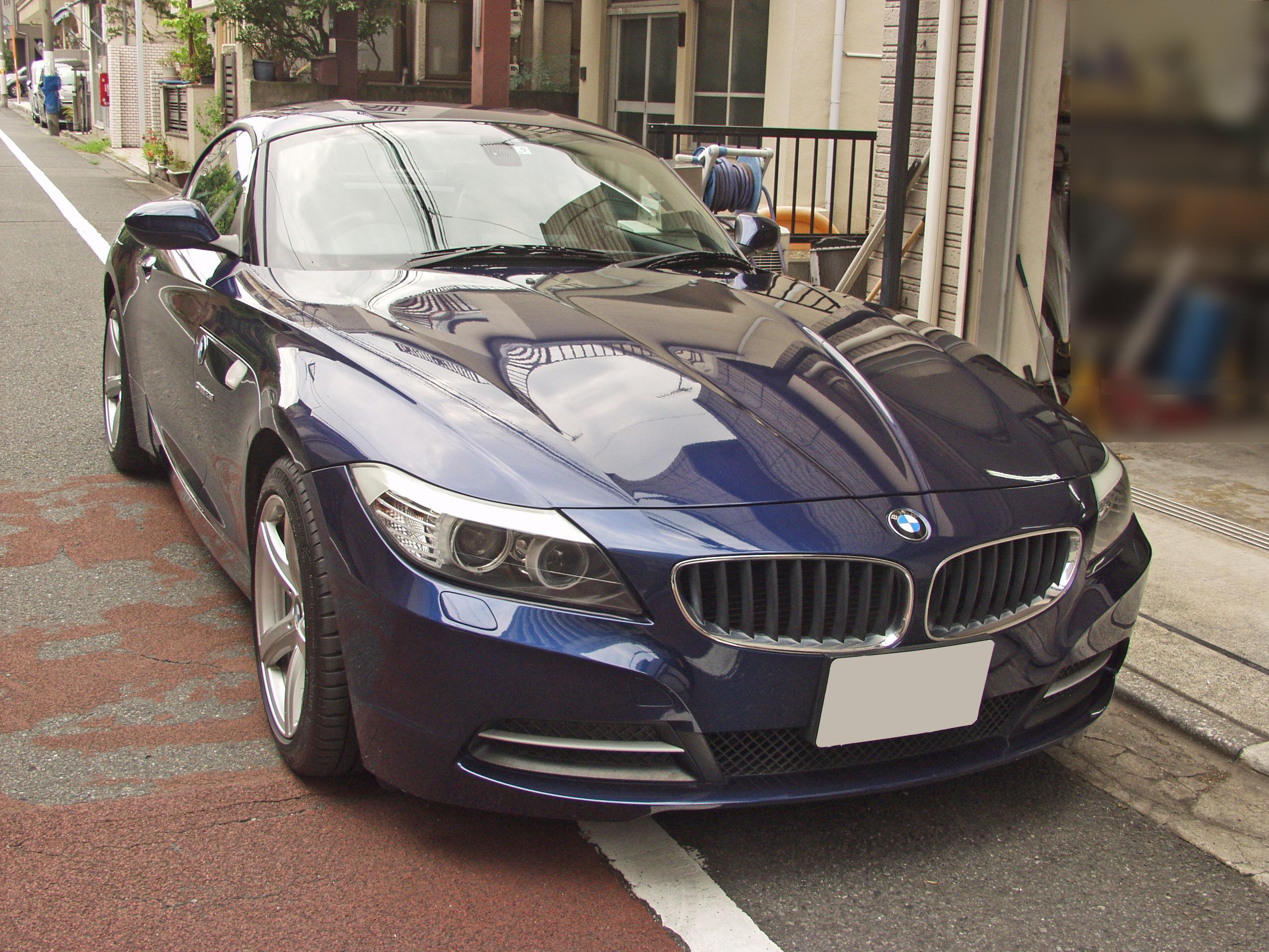 BMW E89 Z4中古車 右前からの画像