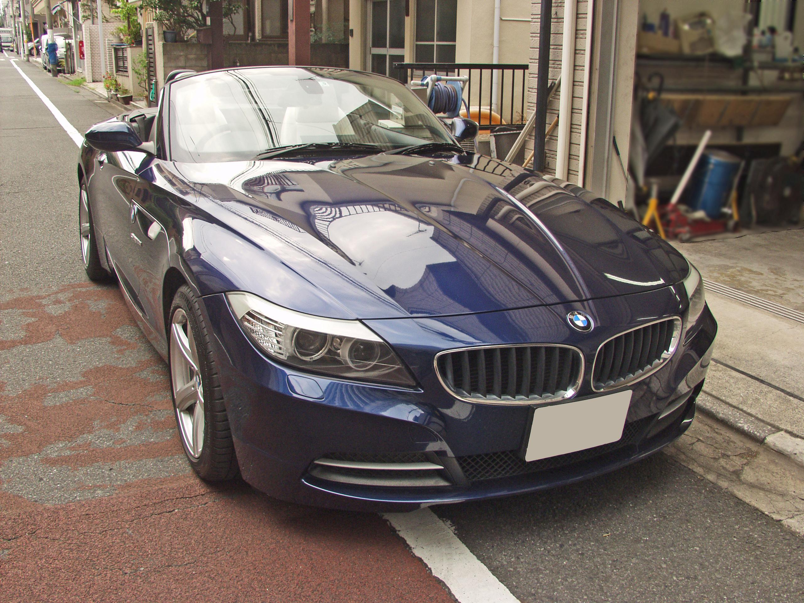 BMW E89 Z4 ルーフオープン時の画像 右前から
