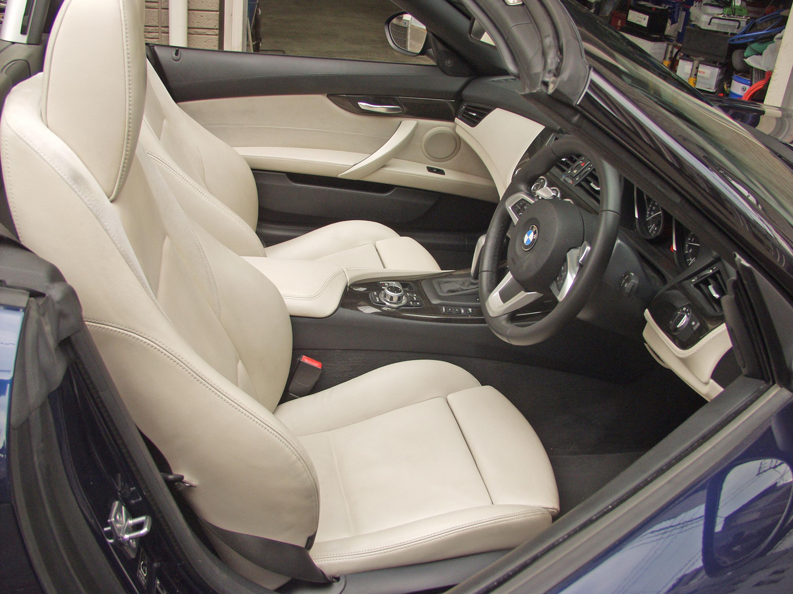 BMW E89 Z4 白革シート 運転席